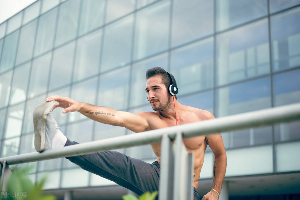 每天一组拉伸训练,每次15分钟,帮你疏通经络,提高睡眠质量
