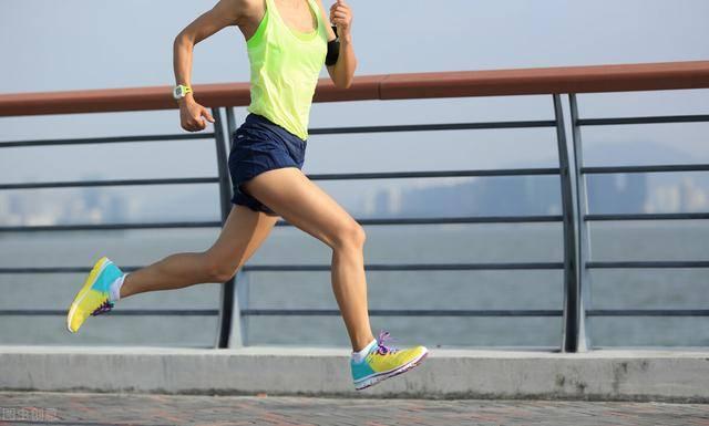 坚持跑步有什么好处?3个跑法技巧,有效提高燃脂效率!