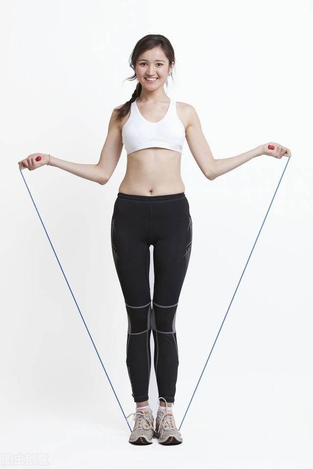 跳绳会伤膝盖吗?掌握正确的跳绳方法,强化关节,促进体脂率下降