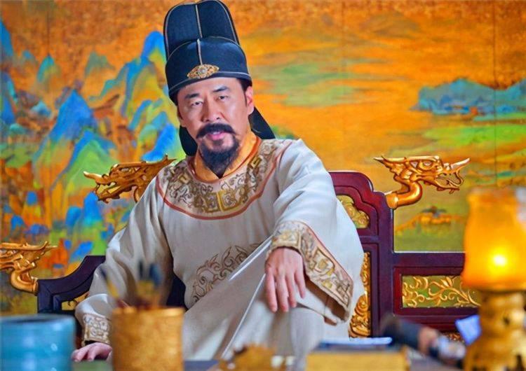 赵匡胤收回所有武将兵权,唯独漏掉了此人,15年后他成功登基称帝