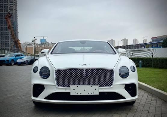 20款宾利欧陆GT顶级轿跑 贵族气质豪华气氛