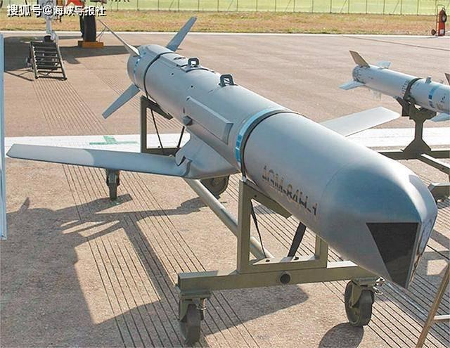 """总价达18亿美元的军售刚过,""""绿委""""称:美国还要再卖3武器给台湾"""