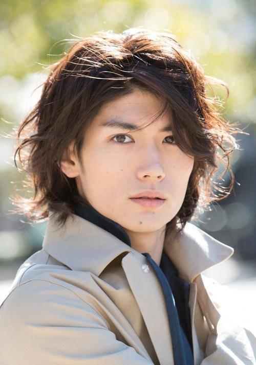 17岁女星车祸身亡,日本娱乐圈被死亡笼罩,3个月非正常死亡明星已超8个
