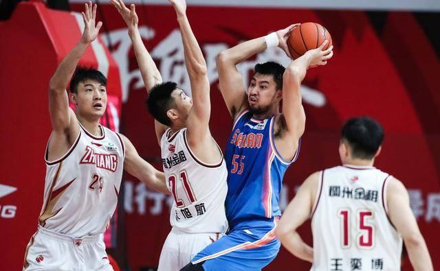浙江队面对四川队的比赛中,两边打出了一场精彩的比赛