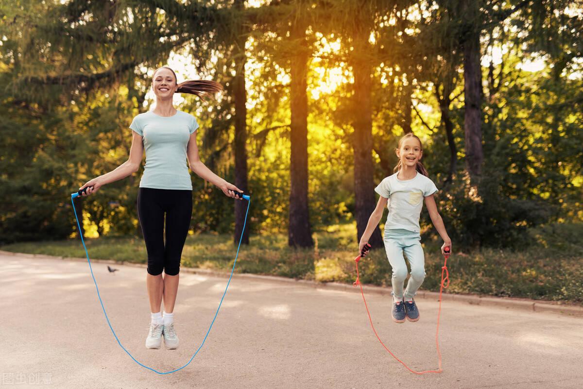 减肥,为什么要选择跳绳进行燃脂?学习跳绳的方法,你学会了吗