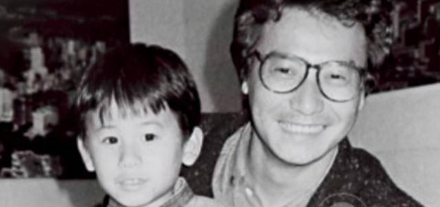 帅气,似乎72岁的石修完胜了41岁的陈宇琛,石修可以说是几乎零绯闻
