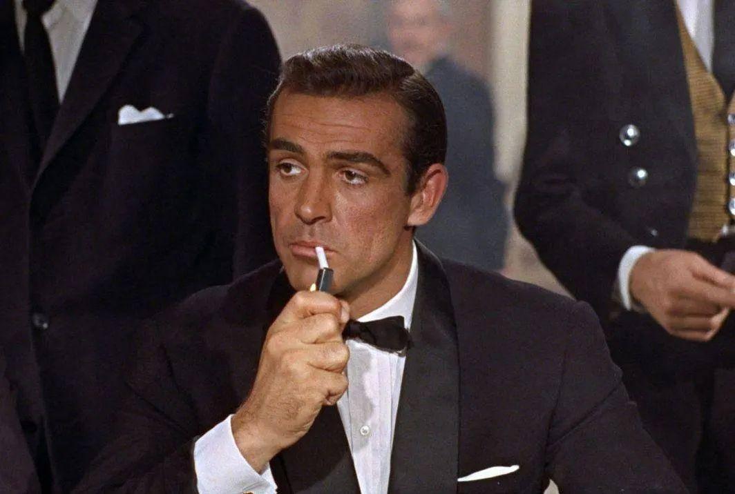 永远的首任007,一路走好!