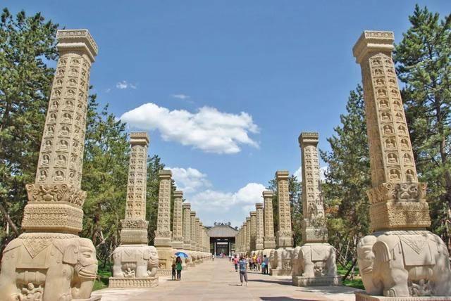 原创             千年前这个王朝以皇帝为模特,造就了中国数一数二的石窟