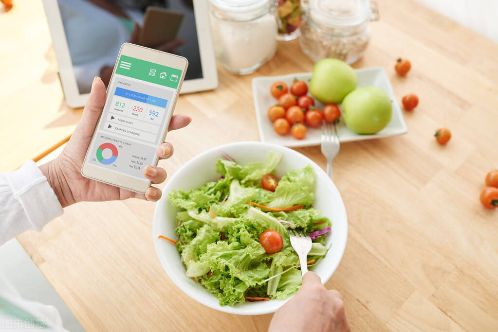 减肥先学会减胃,4个方法帮你控制食量,减掉身上赘肉!