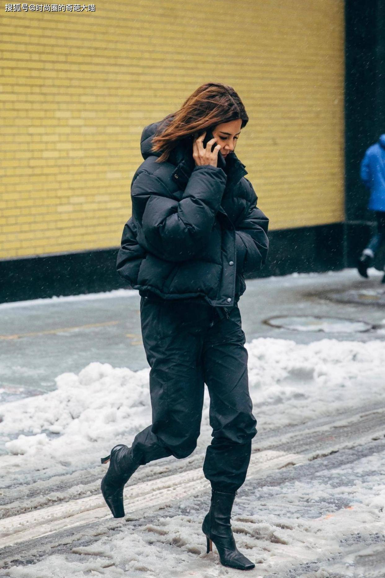 矮胖女孩的秋冬真爱,是被吐槽很久的羽绒?显瘦显高确实有够绝_款式