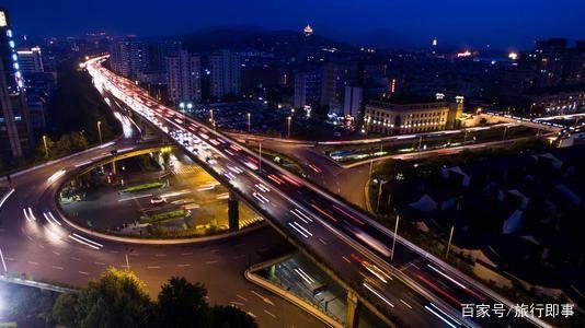 杭州经济总量能超越成都吗_杭州经济职业技术学校