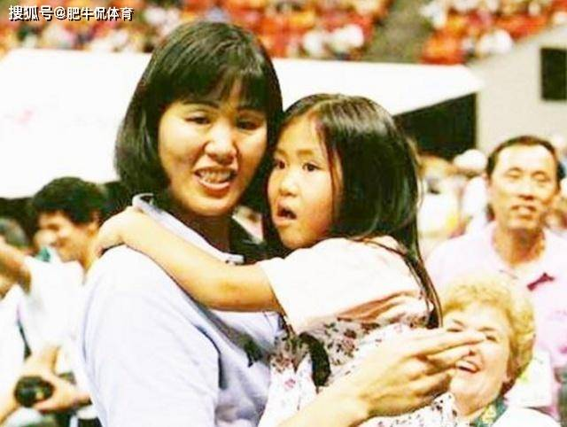 郎平女儿有多出色?高中就1米88拿过全美冠军,入选美国少年女排