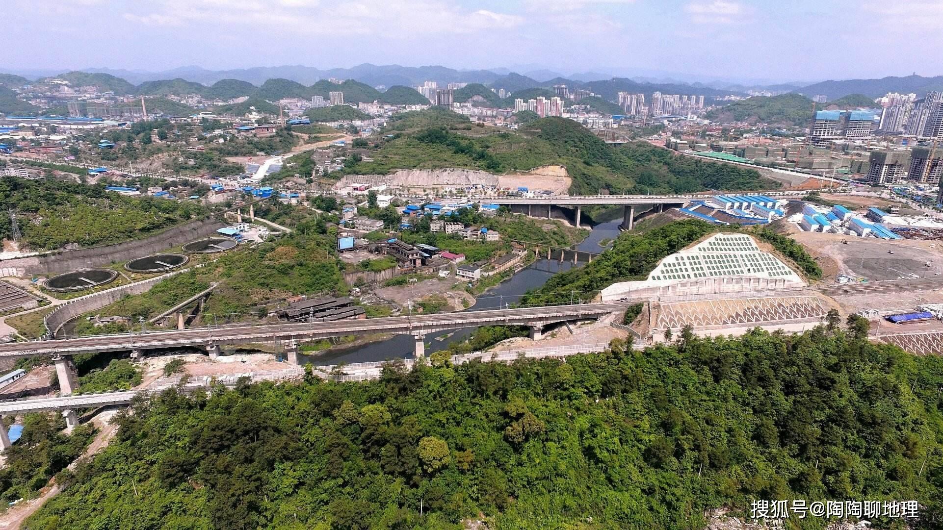 遵义总人口_郴州90后在广东开始出现中年危机了