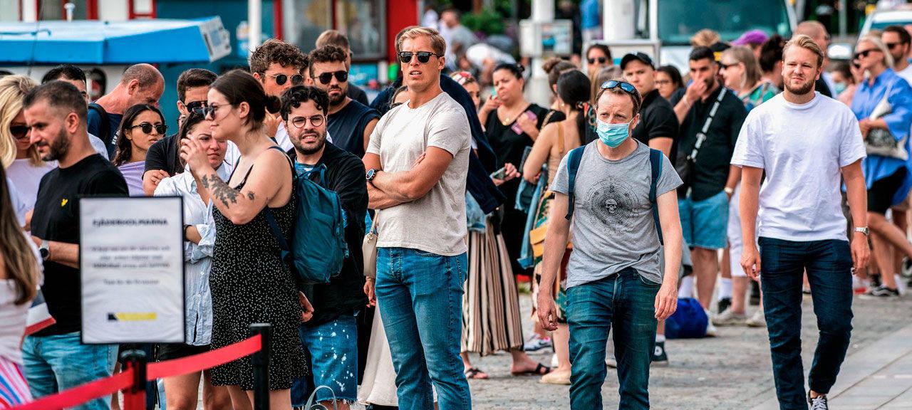 佛系防疫失效,杀貂防疫又来,欧洲抗得住冬季疫情冲击吗