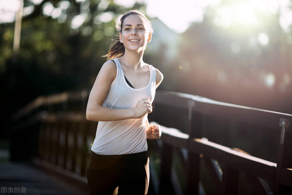 冬季跑步几个注意事项,提升训练效果,降低受伤几率!