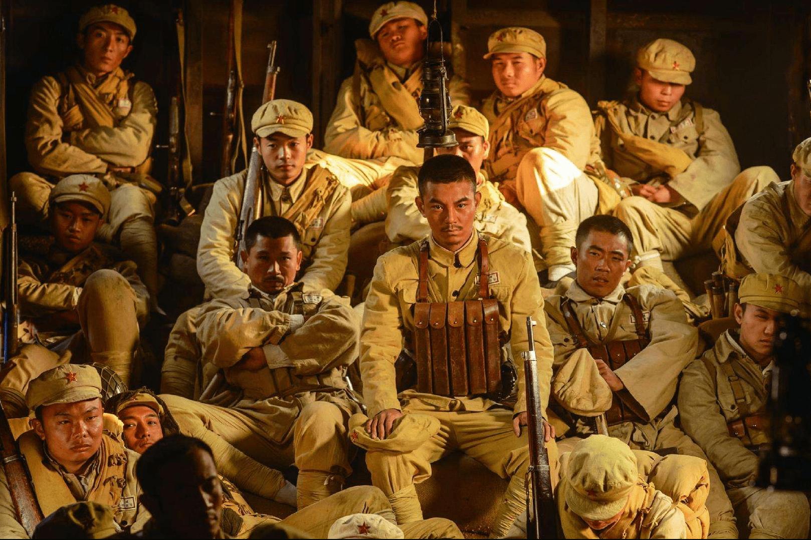 备受好评的《战火熔炉》,军事细节丰富,网友:拍13集太短了