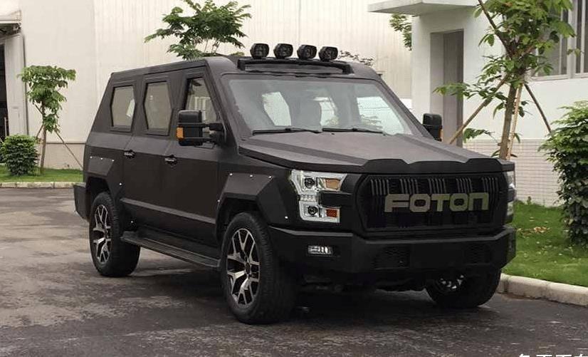原创性相当抢眼,北汽福田路虎的大型SUV亮相,更像是装甲车