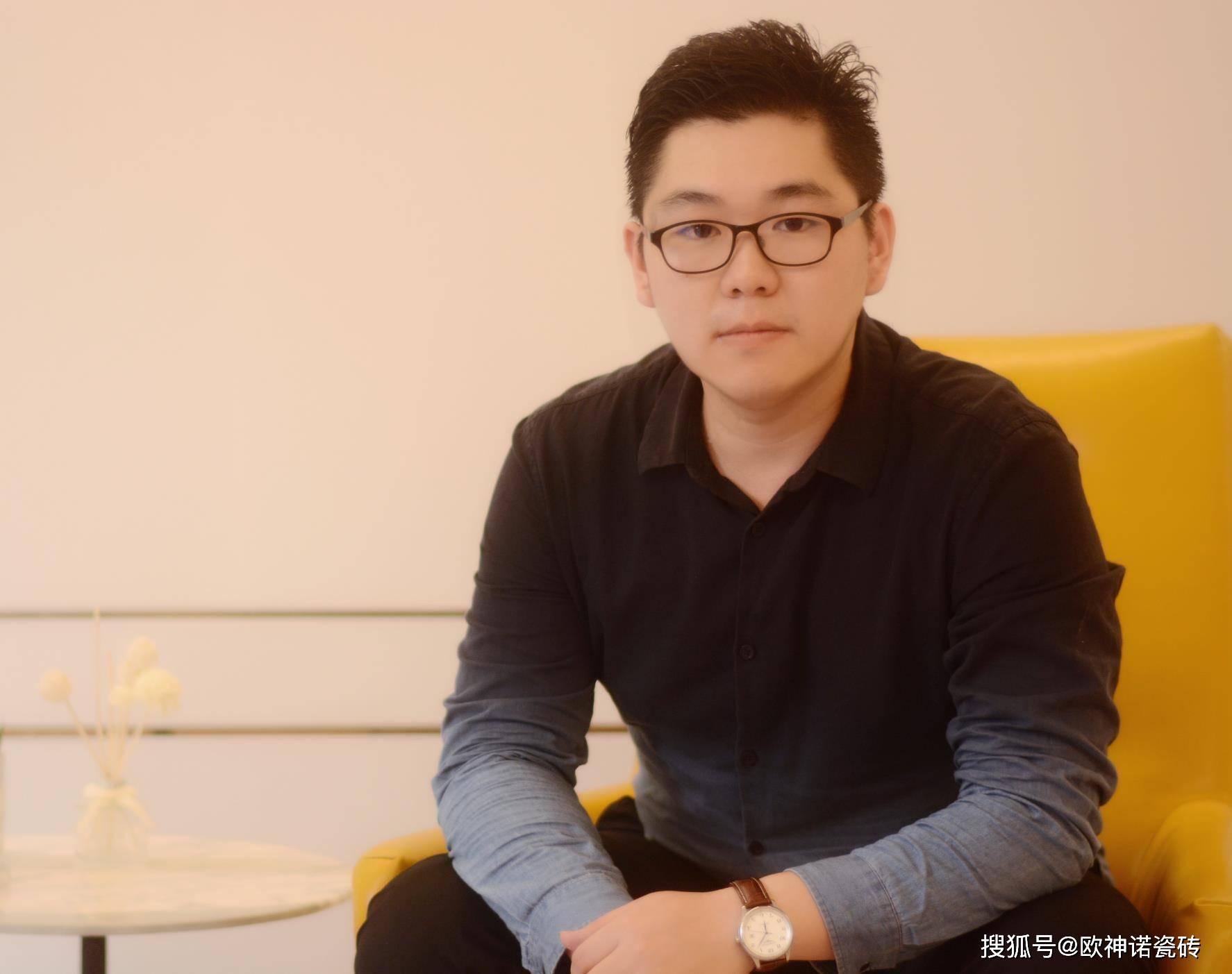 皇冠体育app:设计师张宇:用设计传递情感...