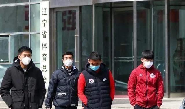 记者:辽足球员讨薪无门 这是中国足球的羞耻 更是足协严重失职_买球用什么正规app(图1)