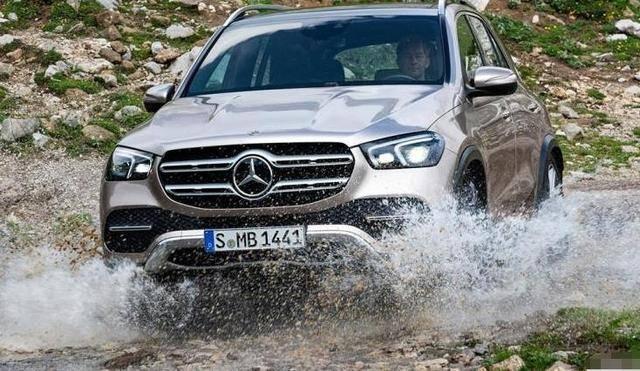 为什么有钱人喜欢开昂贵的车?