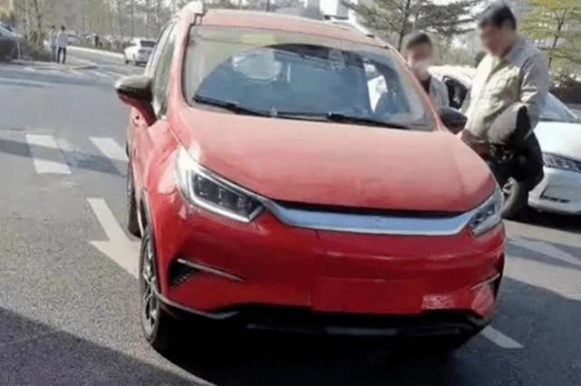 原比亚迪元EV实车图曝光,看起来像比亚迪韩EV。这辆车能卖得好吗?