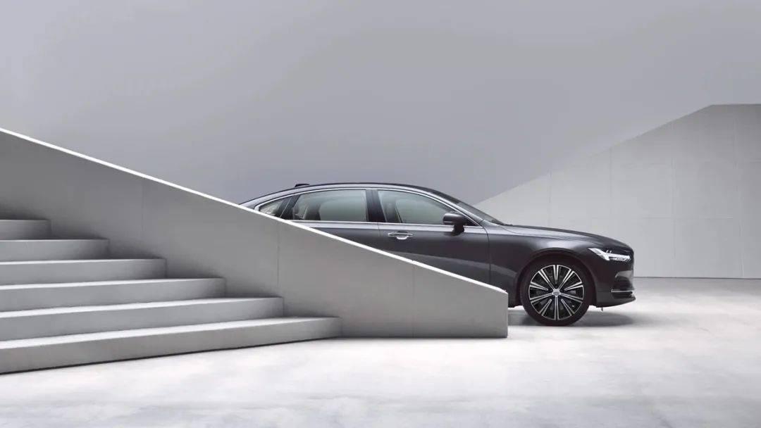 沃尔沃S90和奥迪A6L,谁是成功人士的首选汽车?uim