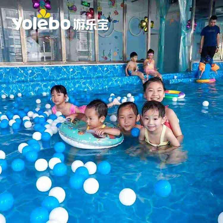 亲子游泳池中的水育早教至少给孩子带来3个方面的提升!