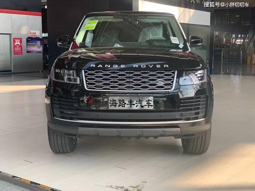 中国六路虎21款传世加长实拍力度。这款车受到了最新市场的广泛关注
