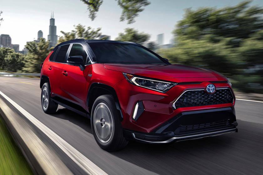丰田汽车发布了2020年中国和美国的销售数据,主要是RAV4、凯美瑞和卡罗拉