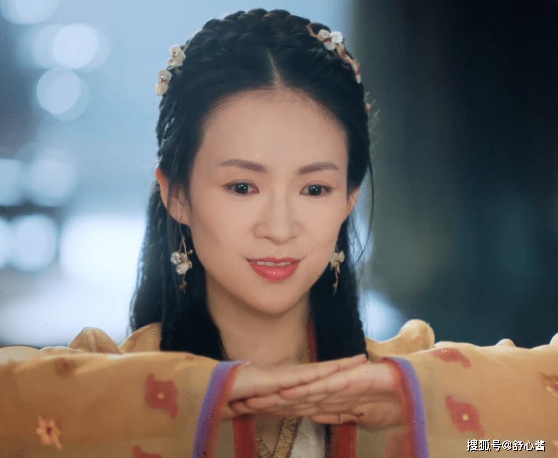 章子怡首部剧作:虚假的高级感,违和的少女