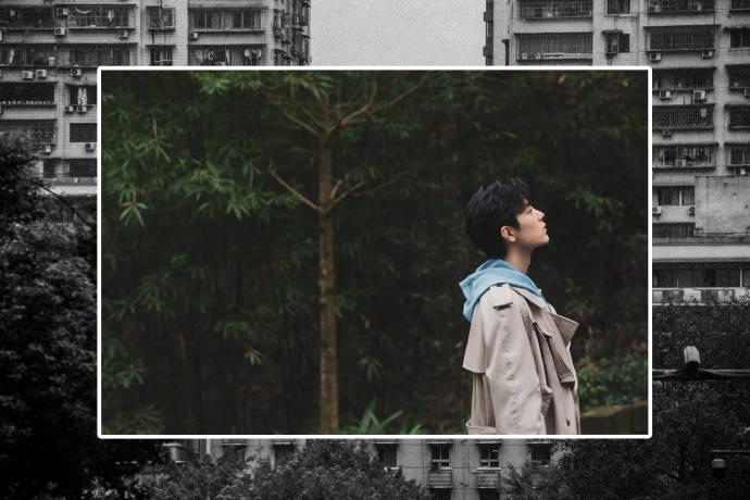 肖战发文谈重庆,《奇妙之城》中说自己长了一张大众脸!