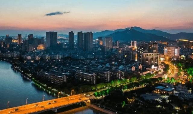 台州市年经济总量_台州市地图