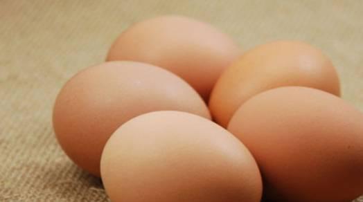 """鸡蛋不再炒西红柿,与""""它""""搭配更香更美味,营养价值高"""