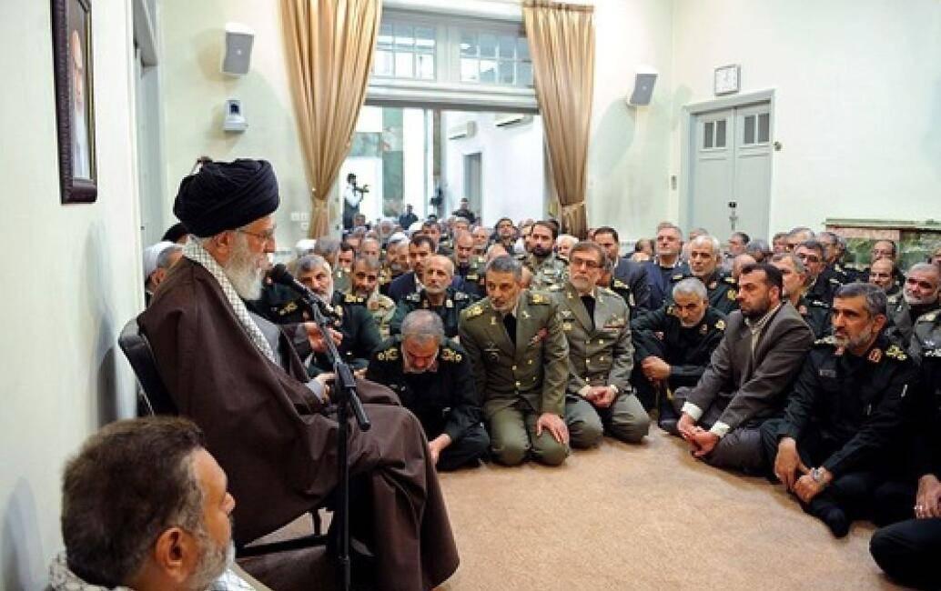 原来的伊朗人民不断贫穷,为什么还这么支持哈梅内伊?