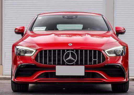原装全新奔驰AMGGT53,中国红车身颜色,也爱Panamera?