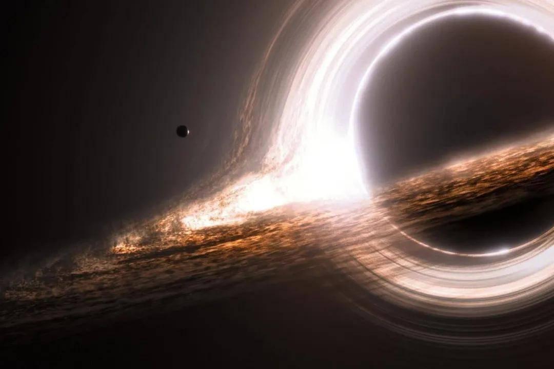 陈根:如何从黑洞中获得能量?
