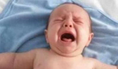 呛奶严重可能导致死亡,宝宝呛奶,正确处理的方法宝妈一定要懂