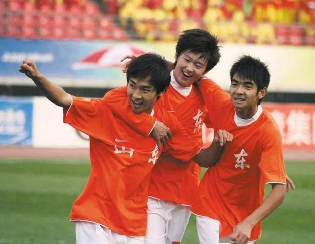 同样是边路飞翼,为何刘彬彬比吴兴涵更受国家队喜爱?