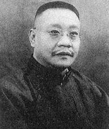 从迁都武昌到迁都南昌,蒋介石因何突然改变主意?