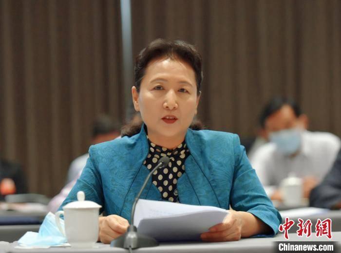 福建省政协主席:为实现决战决胜目标任务多作贡献