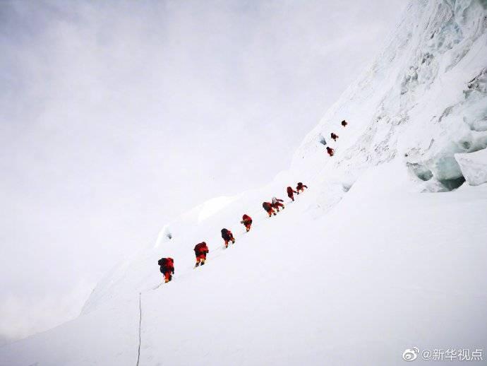 2020珠峰高程测量最新冲顶队员名单公布 预计27日凌晨冲顶
