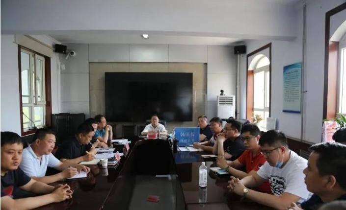 县政府召开房地产项目复工复产调度会