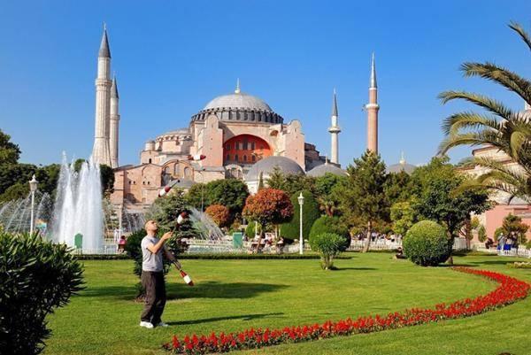 埃尔多安:土耳其将举办征服君士坦丁堡567周年纪念仪式