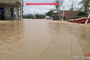 安徽歙县高考三日记:被洪水延期的最后一批高考生
