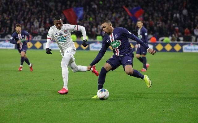 巴黎人报:法甲复赛仍很难,但杯赛决赛或提前至7月举行