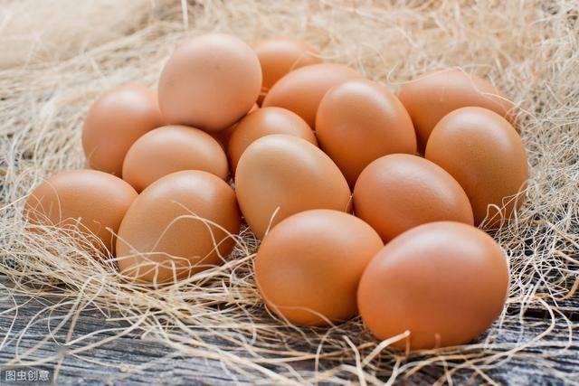 原创中老年男性一天吃几个鸡蛋为好?营养专家的答案或许令你意外