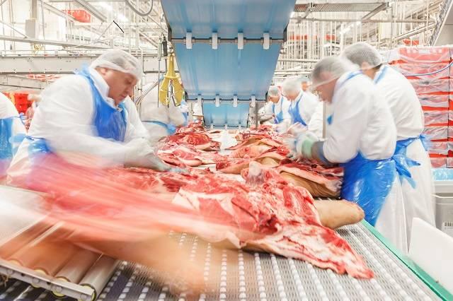 美欧巴西相继中招,肉类加工厂为何总成疫情暴发温床