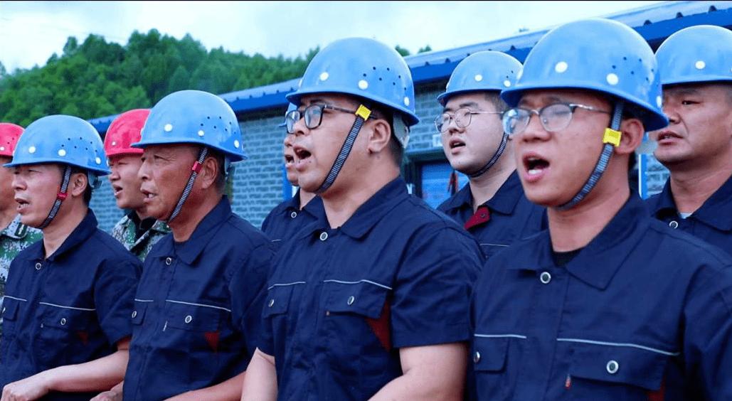 """南岔县组织召开了""""百强项目""""劳动竞赛"""