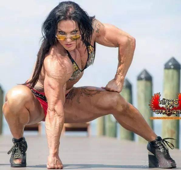 按照肌肉维度排序,这5位健身女神你更喜欢谁? 中级健身 第11张