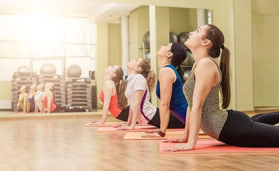 """给僵硬的脊柱""""松松绑"""",一套阴瑜伽序列动作释放压力,纠正体态 减肥窍门 第1张"""